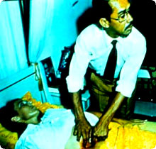 http://x51.org/x/images2005/psychic_surgery2.jpg